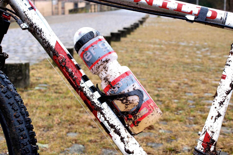 trinkflasche-halterung-fahrrad-02