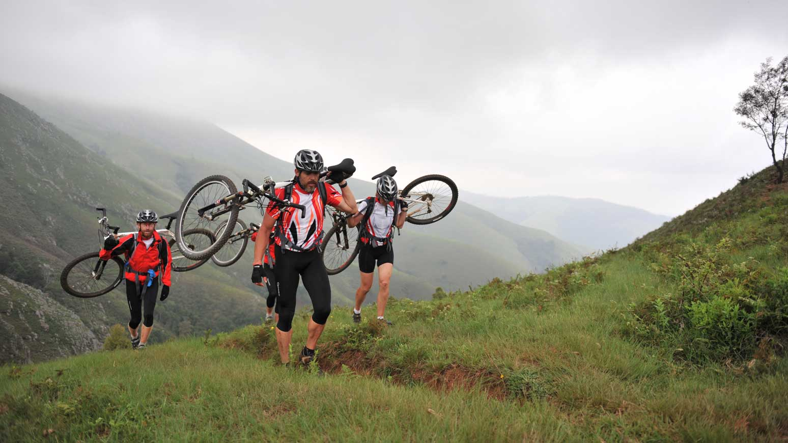 Joachim Franz auf der Cape2Cape-Tour, hier in Swasiland