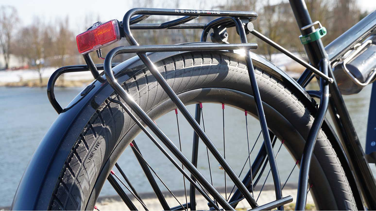 Rennrad Reiserad Rohloff: Alle Gepäckträger am Rad sind von Rennstahl entwickelt