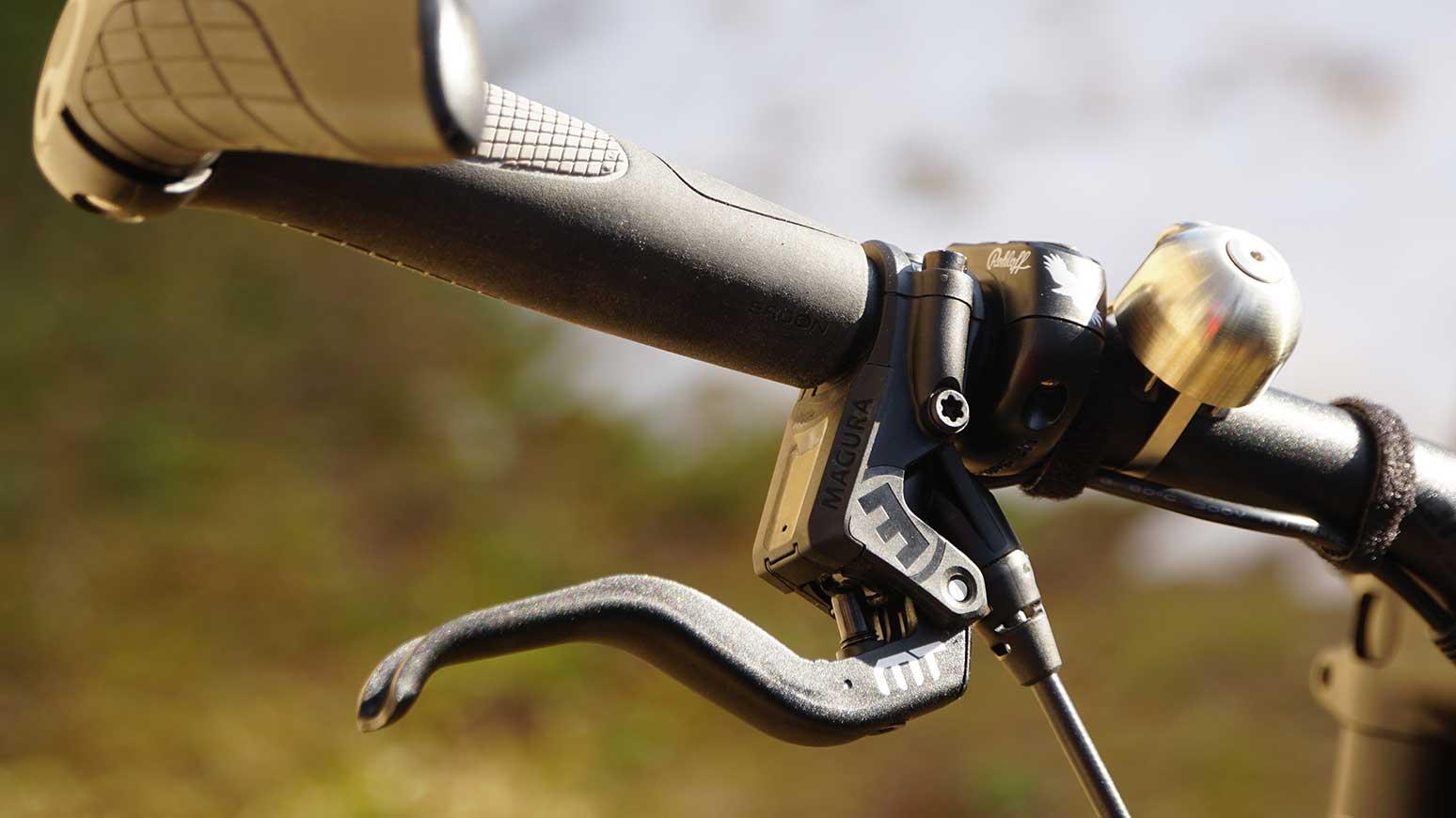 Super Frontlicht am Rennrad Reiserad Rohloff: die Edelux von SON