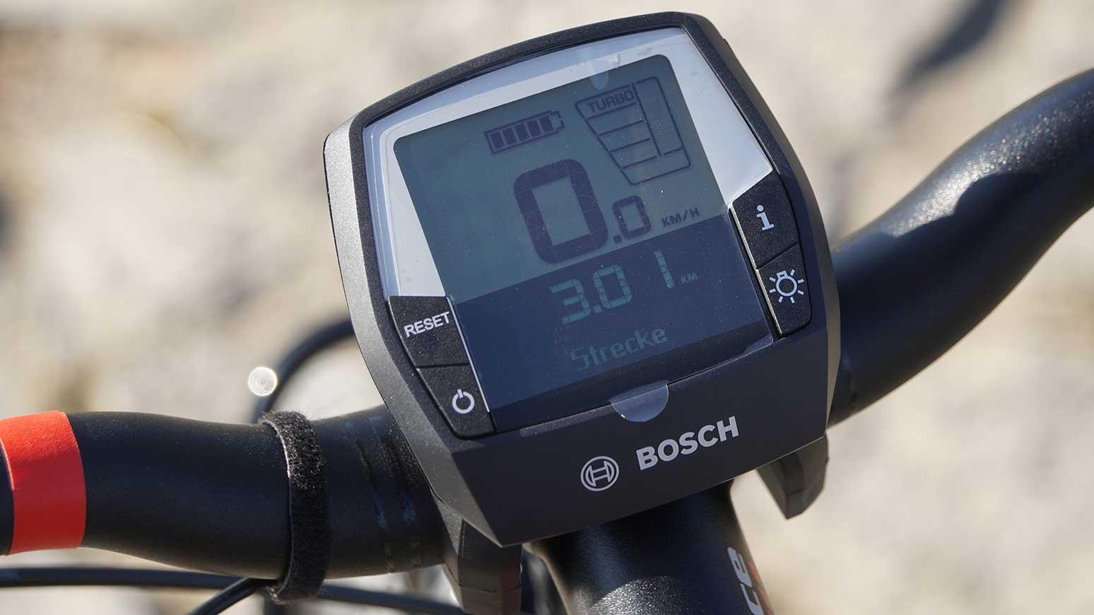 Gut ablesbar: das Bosch Intuvia Display, Der E-MTB Modus ist bereits installiert.