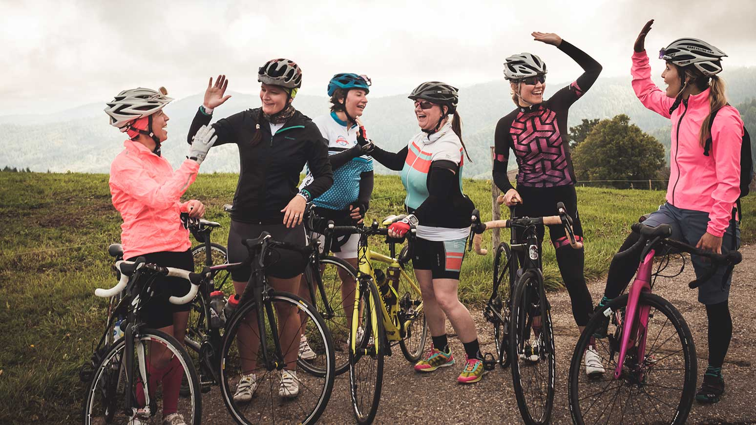 Der gemeinsame Spaß steht bei den Bikecamps von fiedler concepts im Mittelpunkt.