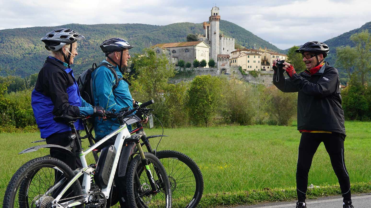 Toskana Radreise: Erstklassige Fotomotive und nette Mitfahrer sind bei der Leserreise Toskana garantiert - man sieht´s!