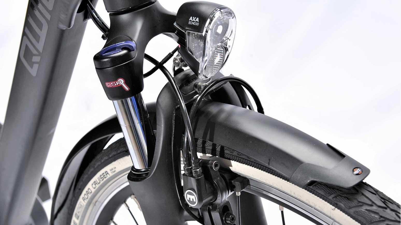 Qwic Premium MN7 Frontscheinwerfer und hydraulische Magura Felgenbremse