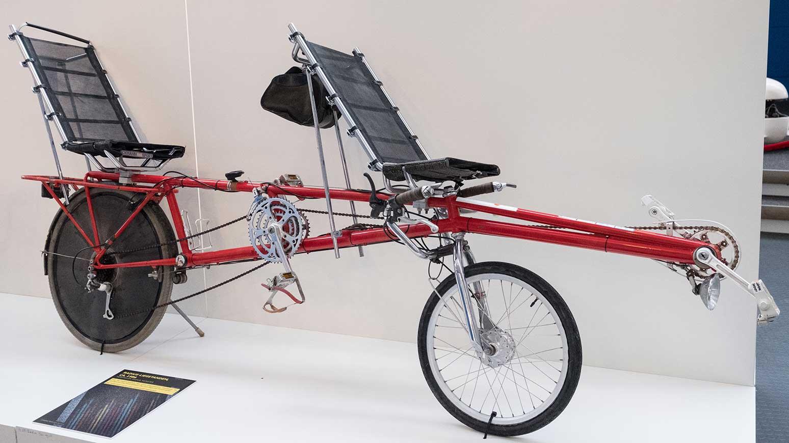Eine Sonderräder wie dieses Liege-Tandem gibts in der Fahrrad-Ausstellung zu bewundern.