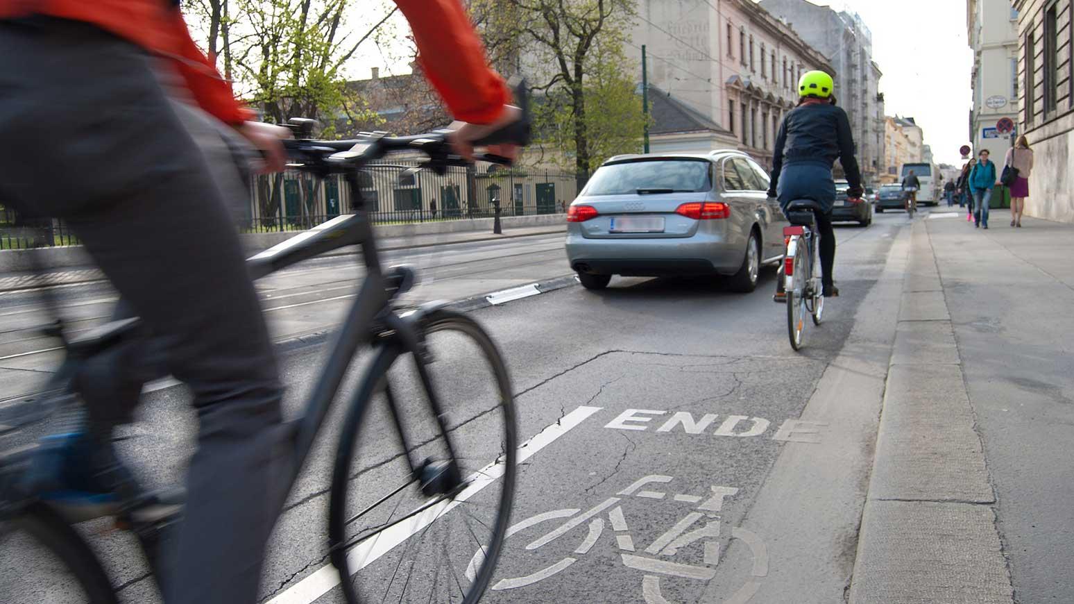Richtig radfahrer wie verhalten sich jetzt sie Wie Verhalten