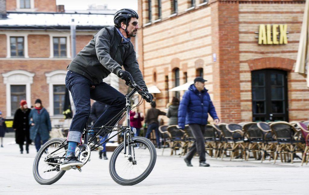 Das Moulton hat einen auch für Falträder ungewöhnlichen Look.