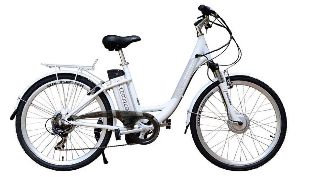 Ein E-Bike sollte gut geschützt und gepflegt sein, damit man lange Freude an ihm hat.