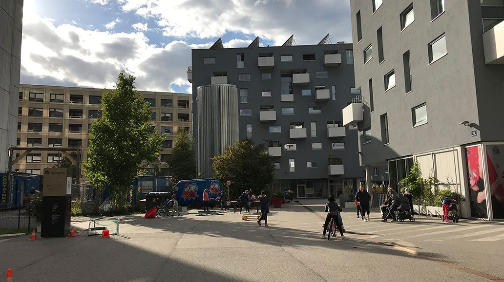 Stadtviertel Lehel ist quasi autofrei - dies ermöglicht viel Platz zum Spielen.