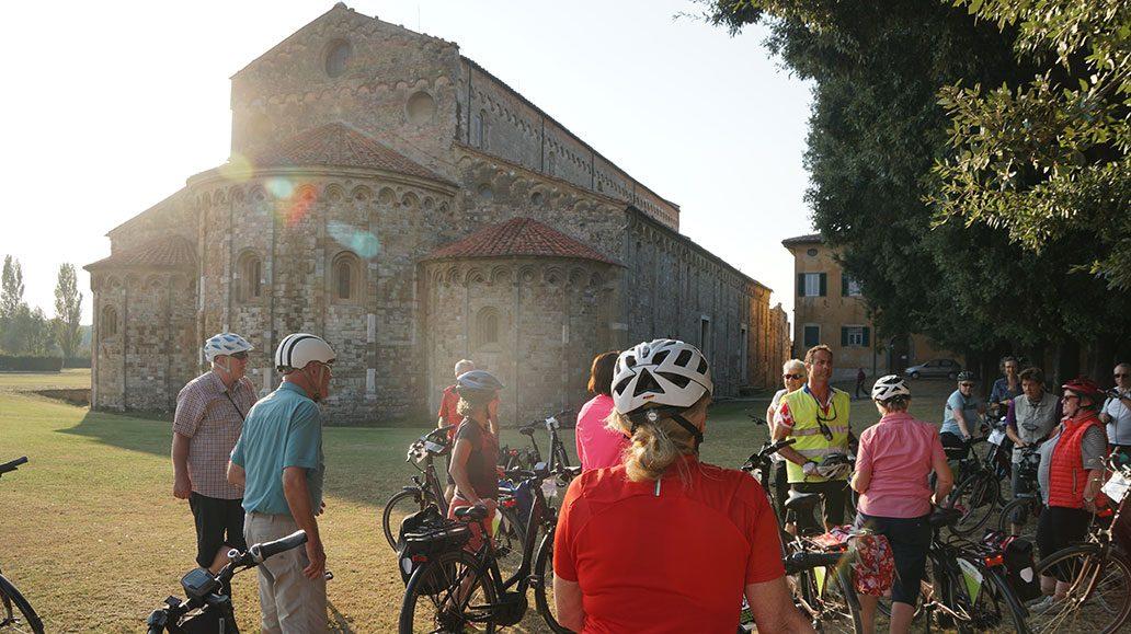 Ankunft bei der Basilika San Piero a Grado, 8 km von Pisa entfernt