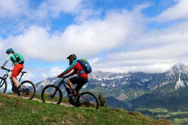 8dd805af449783 E-Bike-Akkus im Bergtest  Akku-Leistung bei Trekkingrad und E-MTB