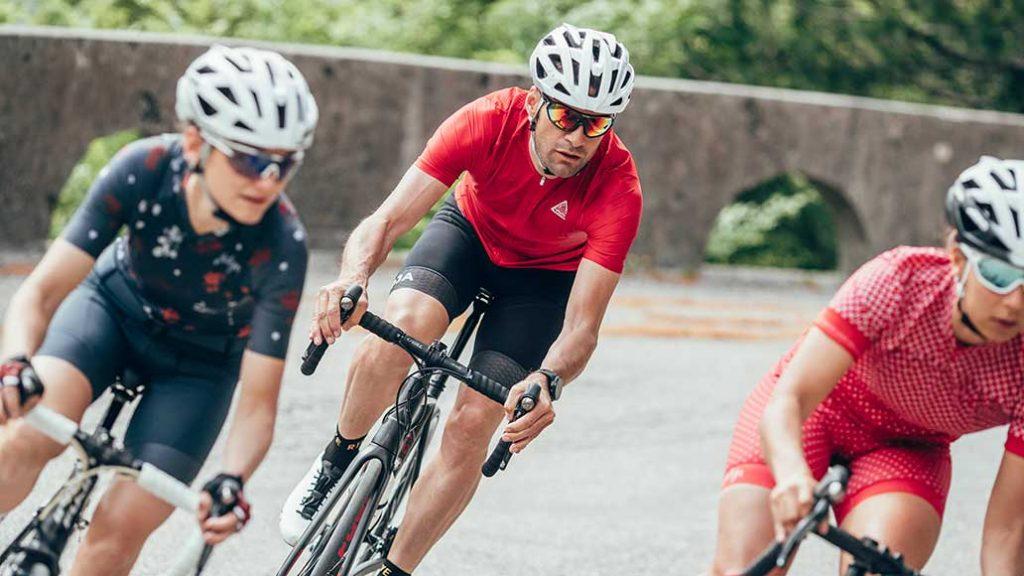 Auch für Rennradfahrer und Mountainbiker gibts was in der neuen Maloja-Kollektion.