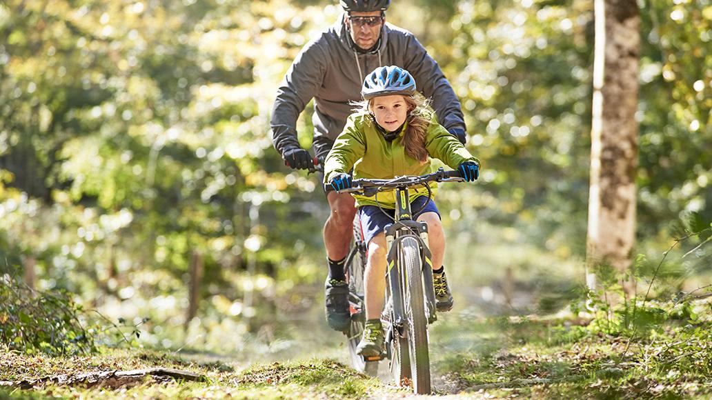 Kinder sollen sich viel bewegen. Der ADFC empfielt Räder ohne Motoren. Aber auch E-Bikes haben ihre Berechtigung.