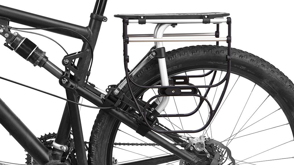 Optional bieten die Pack'n Pedal Side Frames die Möglichkeit der klassischen Packtaschenmontage.