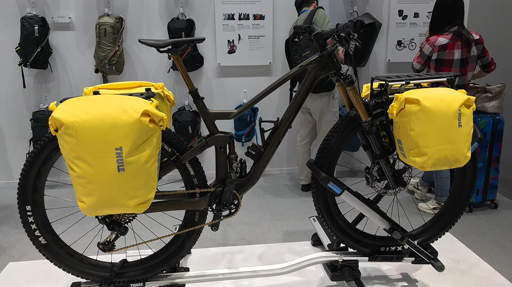 Thule hat brandneue, sehr leichte Radtaschen im Angebot.