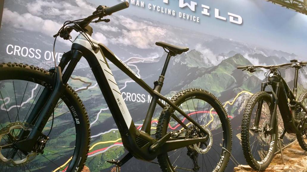 Rotwild bietet mit diesem Hardtail den Einstieg in die Rotwild-E-Bike-Welt.