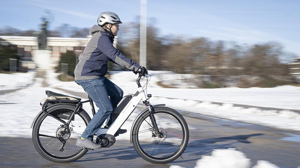 Klimaschützer: Ganzjährige Radpendler. Dazu braucht es gute Wege.