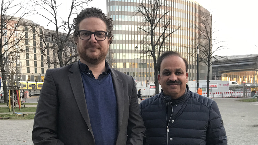 Michael Hecken (links) und Pankaj Munjal in Berlin.