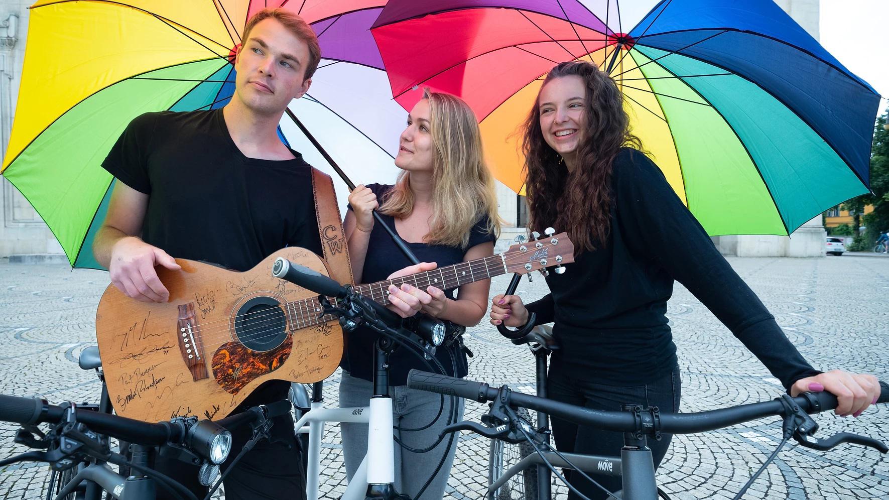 Die drei Künstler der Moment-Bühne (v.l.): Collin Willhauck, Kim Mira Meyer, Lea Kopff