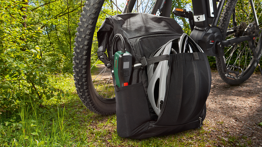 Bosch, E-Bike, Fahrradpumpe, Radfahren