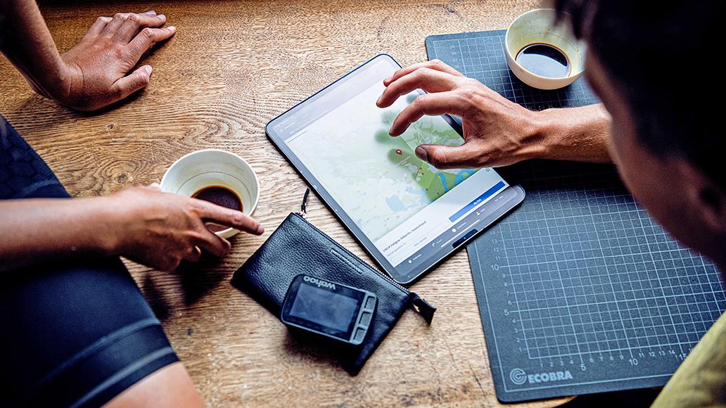 Smartphone-Apps, digitale Routenplanung, komoot, Radtour, Fahrrad, E-Bike